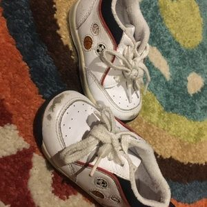 Boys Stride Rite Sneakers Size 4.5 W